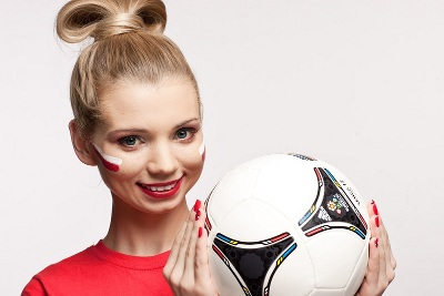 Simple Beauty - EURO 2012