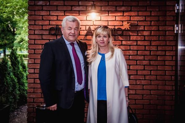 Jarosław Gugała z żoną