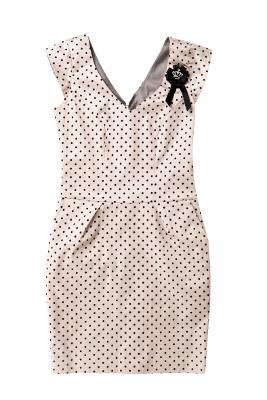 Kolekcja Mohito: sukienka beżowa w groszki