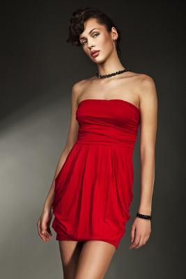 Kolekcja NIFE: sukienka czerwona